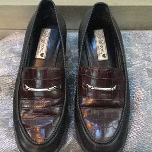 Brighton woman's size 8 loafer